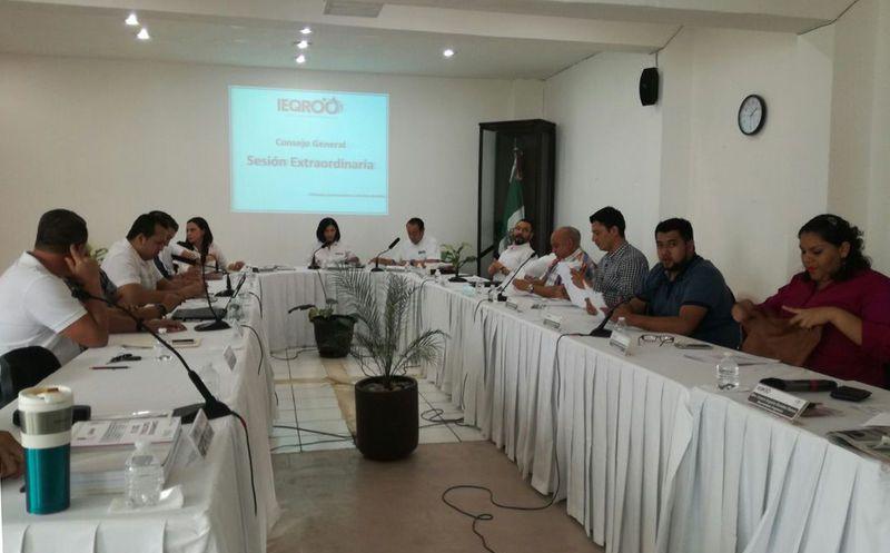 Según la propuesta, vía enlaces de los candidatos, habrá dos moderadores, y para ello son Jorge Velásquez Trujillo y Lenny Prado Lima. (Joel Zamora/SIPSE)