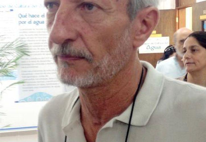 Eduardo Batllori Sampedro: sólo se han detectado muestras contaminadas en el sur de la entidad. (SIPSE)
