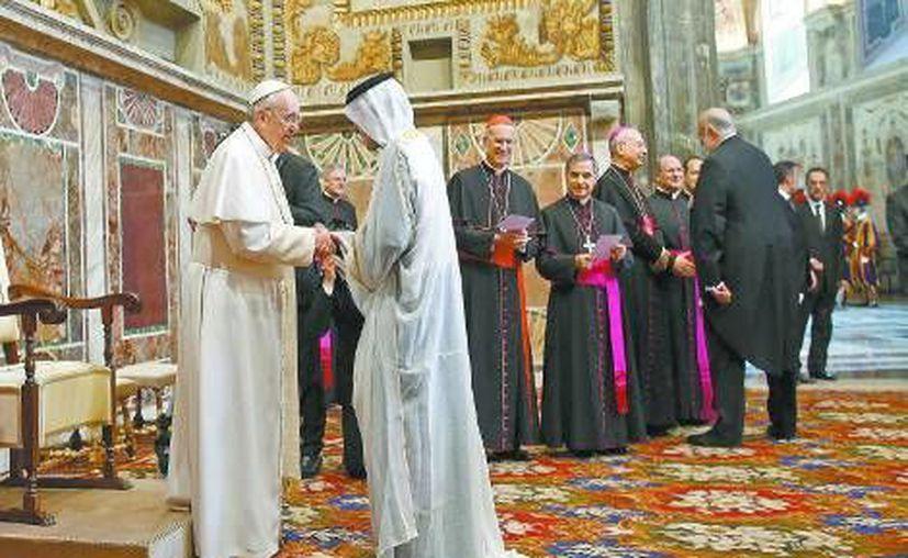 El Papa Francisco convivió con embajadores y representantes de 180 países. (Milenio/Archivo)