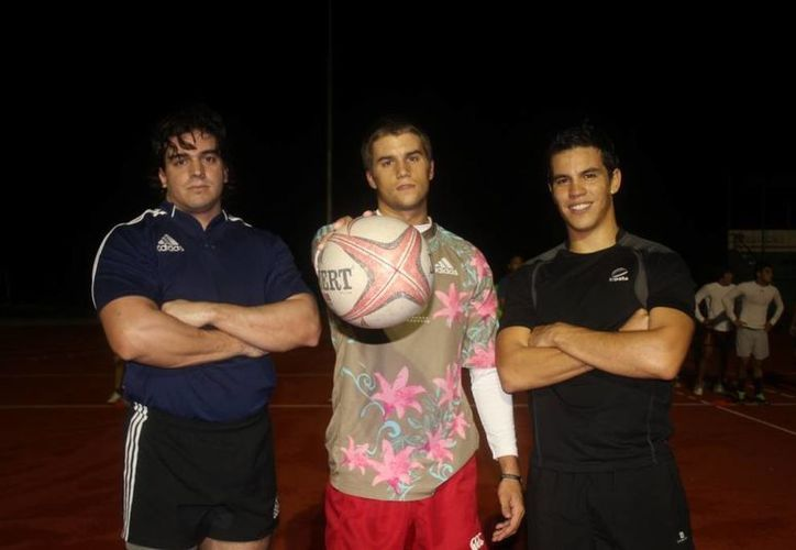 Los tres jugadores cancunenses pertenecen al Club Hammerheads. (Raúl Caballero/SIPSE)