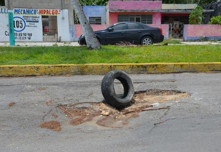 El Ayuntamiento de Othón P. Blanco requiere de 200 millones de pesos para la atención de bacheo. (Gerardo Amaro/SIPSE)
