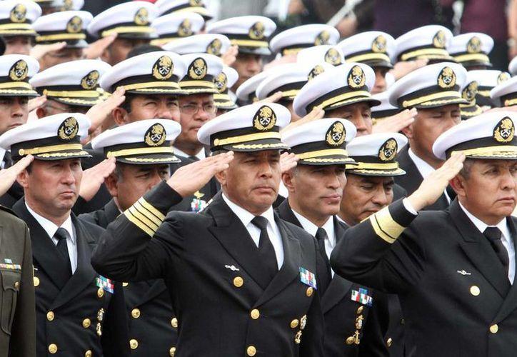 Los ascendidos pertenecen diversos cuerpos y servicios de la institución naval. (Imagen de archivo/Agencias)