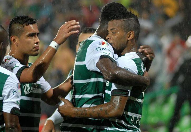 Un gol como visitante le bastó a Santos para eliminar a Tigres en cuartos de final del Futbol Mexicano. El global fue de 2-1. (Foto de archivo de Notimex)