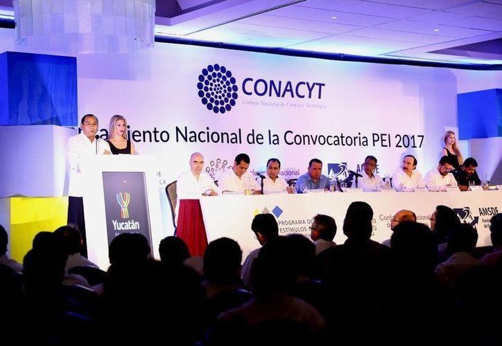 Imagen de la presentación a nivel regional de la convocatoria del Programa de Estímulos a la Innovación 2017. (Milenio Novedades)