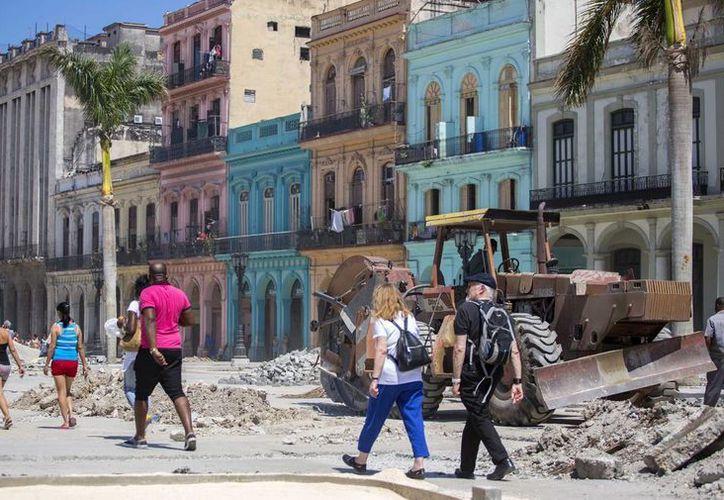 Cuba recibirá recursos de la Comisión Europea (CE) para financiar el desarrollo de capacidades de la administración pública y la producción sostenible de alimentos. (AP/archivo)