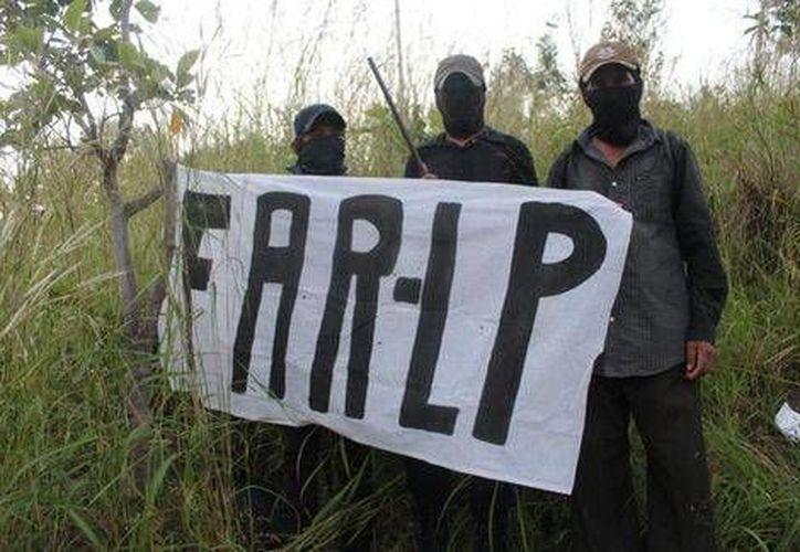 Las FAR-LP advierten que van contra el gobierno y la delincuencia organizada. (Milenio)