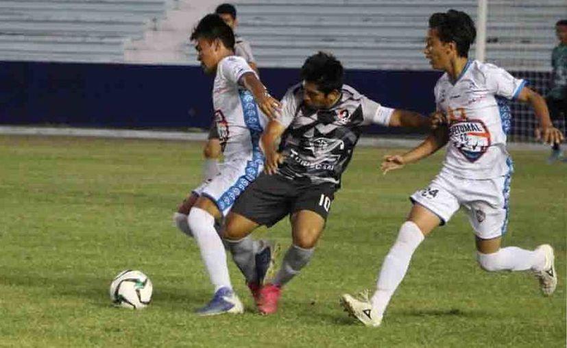 La disputa de la Liguilla de la Tercera División y Liga Premier 'A' y 'B' sigue en pie, al menos por ahora. (Foto: Miguel Maldonado)