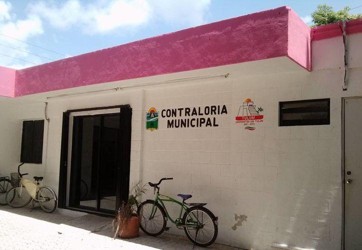 La Contraloría municipal ha recibido las declaraciones públicas sólo de 11 de los 98 funcionarios que hay en el ayuntamiento.  (Rossy López/SIPSE)