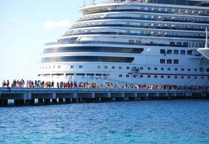 Mañana llega el crucero Carnival Dream a la terminal de cruceros Puerta Maya, y el Disney Wonder en Punta Langosta, en Cozumel. (Archivo/SIPSE)