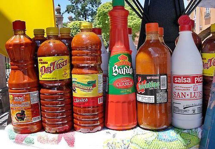 En cuatro de las 25 botellas con salsa picante investigadas había un nivel de plomo mayor al considerado seguro para consumo. (flickriver.com)