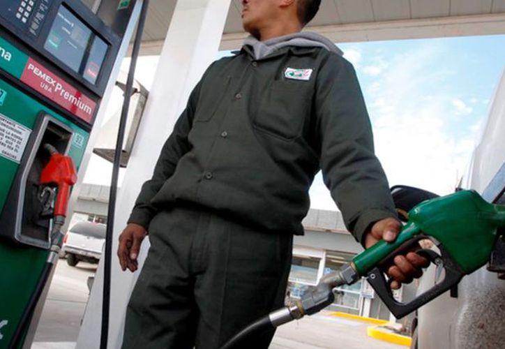 Se especuló que algunas gasolineras solo vendían Premium, pero no se interpuso la denuncia ante la dependencia. (Joel Zamora/SIPSE)