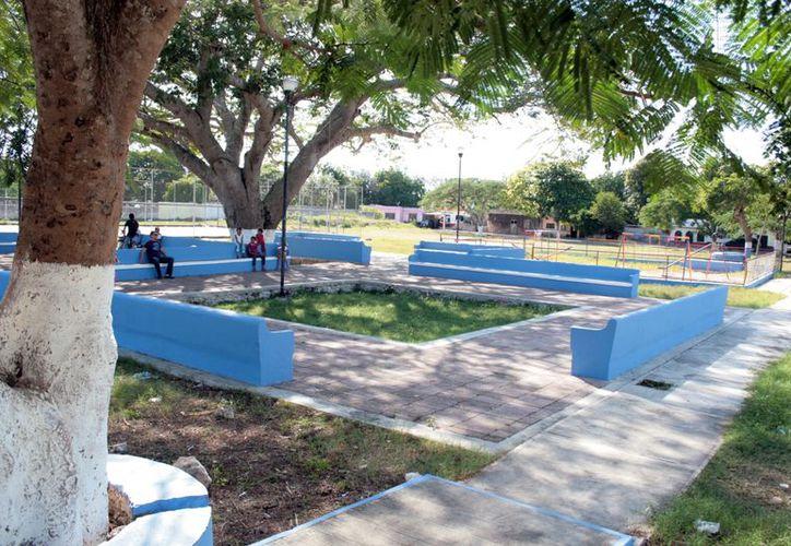 Parque de la comisaría de Tahdzibichén, en Mérida. (Antonio Sánchez/SIPSE)