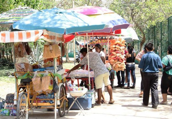 Los comerciantes de Mérida exigen a los candidatos a la Alcaldía que pongan un freno a la ambulantaje. La imagen es sólo ilustrativa. (Milenio Novedades)