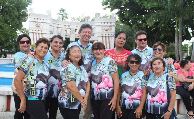 Equipo femenil que competirá en el Torneo.(Foto: Novedades Yucatán)