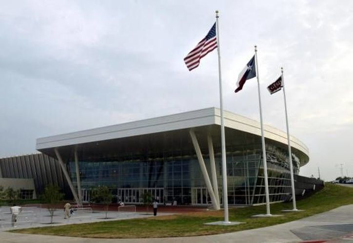 El Centro Curtis Culwell, en Garland, Dallas, fue objeto de un tiroteo durante la exposición de unas caricaturas del profeta Mahoma. (highschoolsportsblog.dallasnews.com)