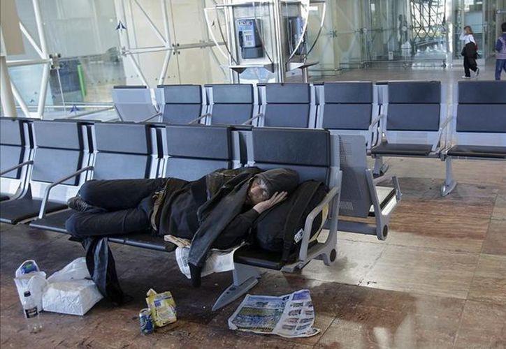 El indigente que vive la zona aeropuerto es buscado por las autoridades. (Foto: El Vigilante de Seguridad)