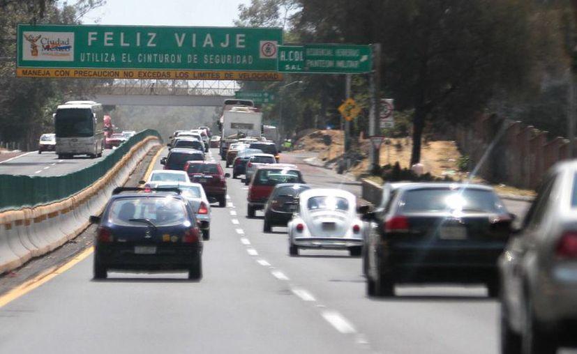 La aplicación se puede bajar desde www.sct.gob.mx y facilita información acerca del tiempo, distancia y costos de peaje en carreteras del país. (Notimex)
