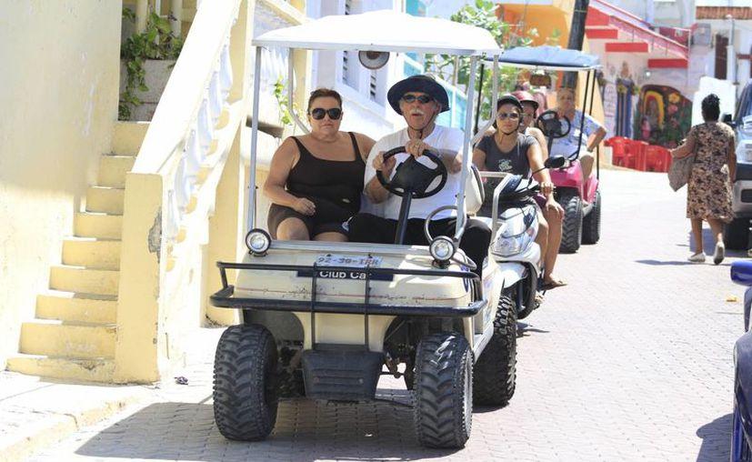 Quienes asisten a la isla son considerados como turistas itinerantes. (Sergio Orozco/SIPSE)