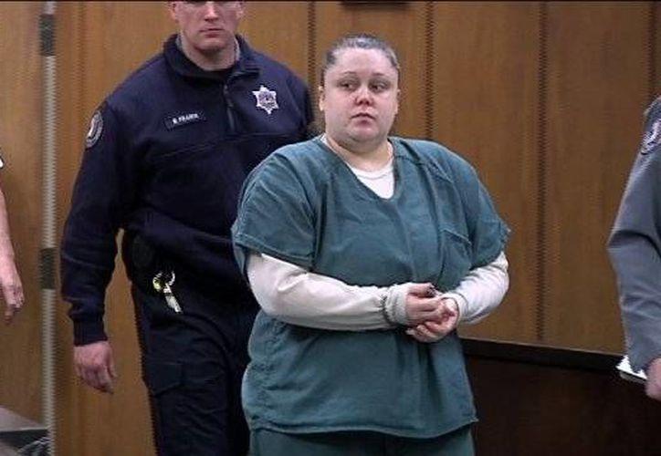 Katie Stockton, madre de los bebés hallados muertos, purga una condena de 50 años. (wrex.com/Foto de archivo)