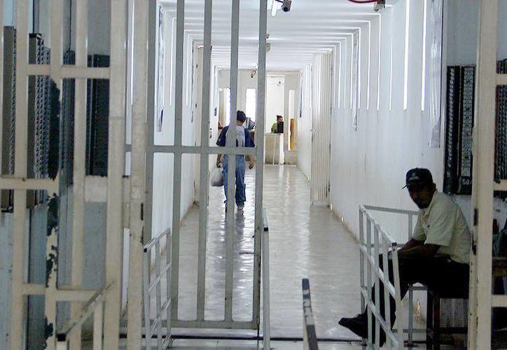 Jurista español observa condicionamientos que frustran el contar 'con un proceso penal más justo'. Imagen de contexto de la cárcel de Yucatán. (Milenio Novedades)
