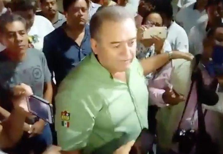 Erasmo Abelar Cámara afirmó que los taxistas no olvidarán esta 'afrenta'. (Redacción/SIPSE)