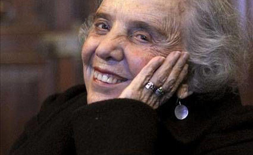 Poniatowska debía exponer hoy una obra como homenaje a José Emilio Pacheco.  (www.mascultura.com)