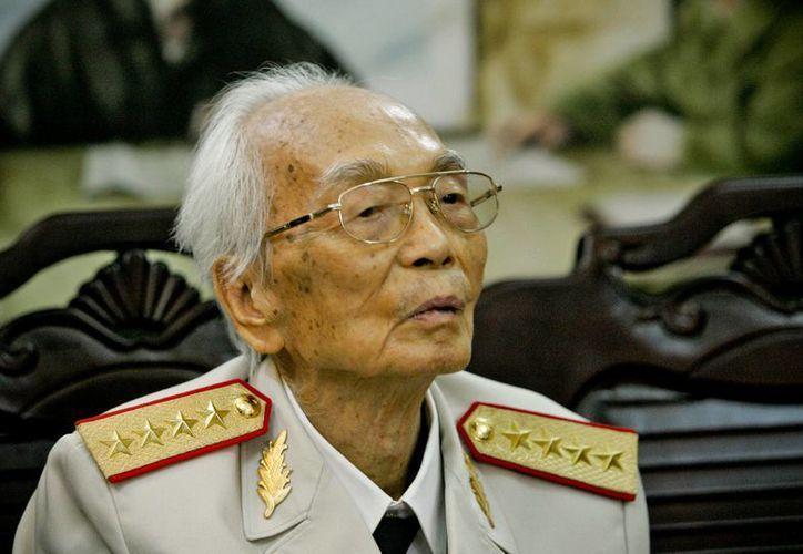 Giap fue un héroe nacional cuyo legado sólo ha sido superado por el de su mentor, el expresidente Ho Chi Minh. (Agencias)
