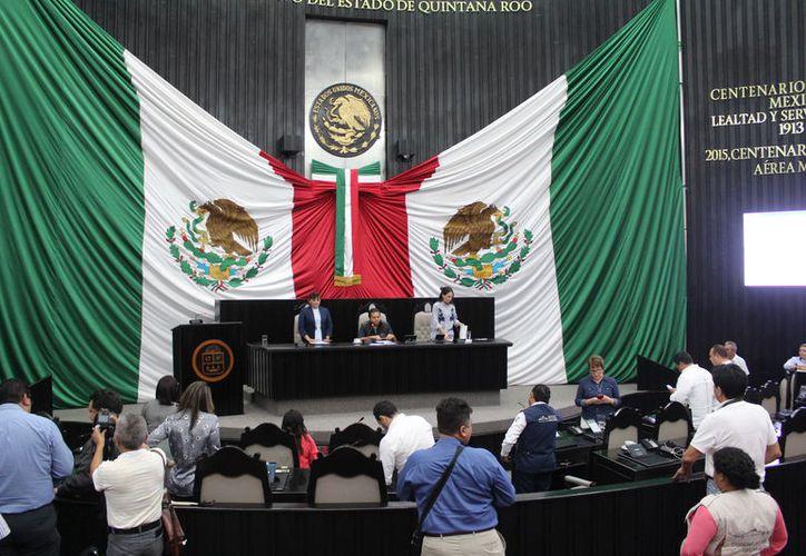En junio de 2016, la XIV legislatura aprobó la designación de los integrantes del Tribunal de Justicia administrativa. (Joel Zamora/SIPSE)