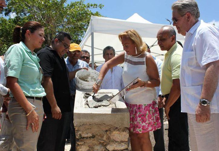 Fue puesta la primera piedra del proyecto el pasado lunes.  (Adrián Barreto/SIPSE)