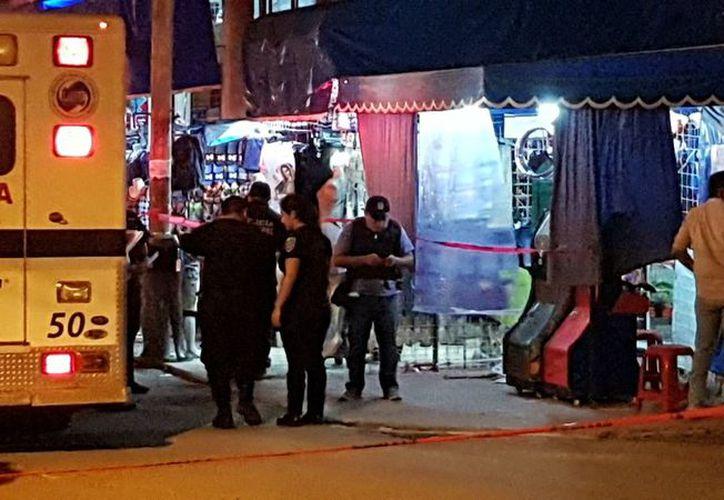 Autoridades encontraron en el lugar al menos seis casquillos de arma de fuego. (Foto: Redacción/SIPSE).