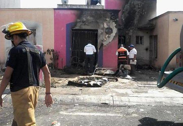 Seis casas resultaron afectadas por la explosión. (Octavio Martínez/SIPSE)