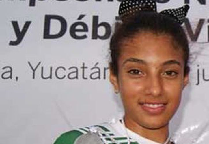 Carla Osorio Sarabia obtuvo la medalla de planta en la categoría T-13. (Milenio Novedades)