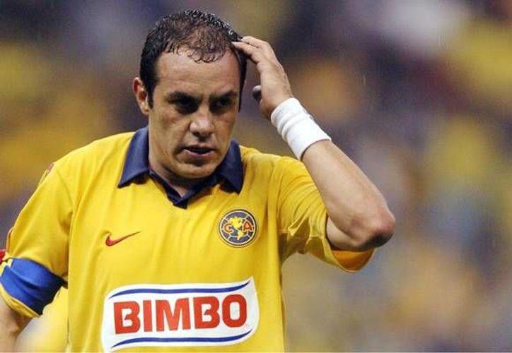 De acuerdo con el periodista Nicolás Romay, de Claro Sports, el América tiene planeado registrar a Cuauhtémoc Blanco para el Clausura 2016, con el objetivo de realizarle un homenaje. (Claro Sports)