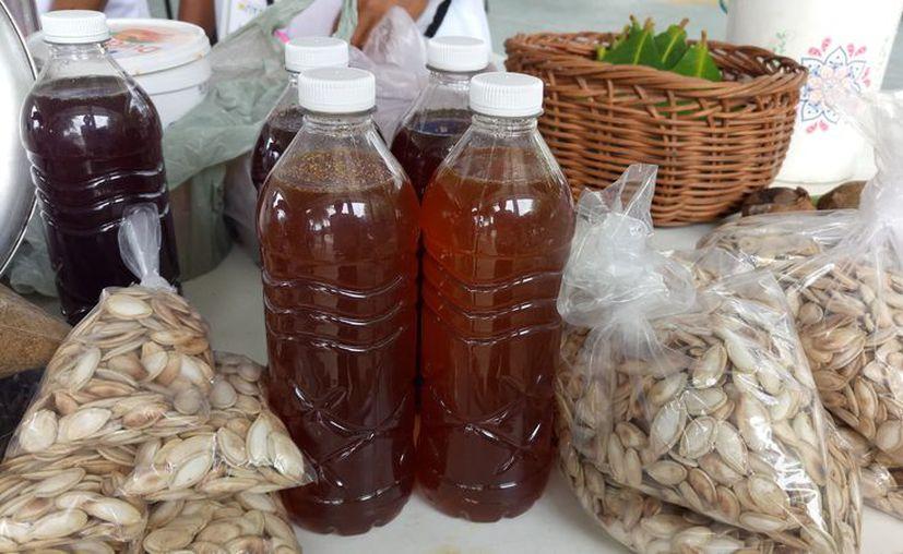 La producción de miel disminuye ante la falta de lluvias. (Sara Cauich/SIPSE)