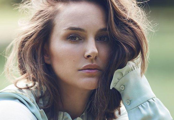 """La ministra de cultura de Israel, Miri Regev, sugirió que la actriz estaba respaldando el movimiento """"boicot''. (Harper's Bazaar)"""