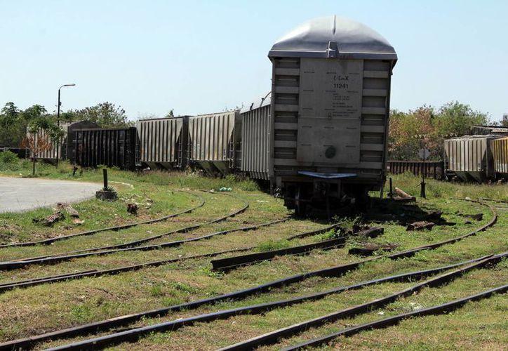 El Gobierno federal ha comprometido un programa de inversión multianual de seis mil millones de pesos para mejorar la infraestructura del sector ferroviario del sur-sureste, que incluye los estados de Veracruz, Tabasco, Campeche, Yucatán y Chiapas. (Foto: SIPSE)