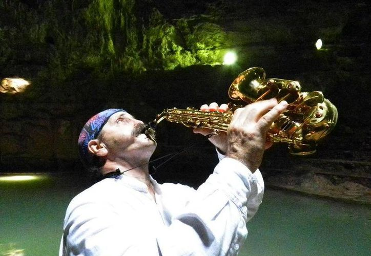 """El grupo cancunense """"Vuelo Libre"""", encabezado por el saxofonista Alejandro Folgarolas, estará en Yucatán. (Redacción/SIPSE)"""