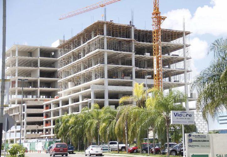 La autorización de trámites representa la construcción de tres mil nuevos condominios, todos en Mérida. (Milenio Novedades)