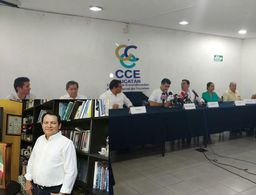 Empresarios de Yucatán buscan reunirse con Joaquín Díaz Mena