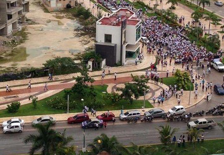Se reunieron en el Malecón Tajarmar. (@Jorgewolff)