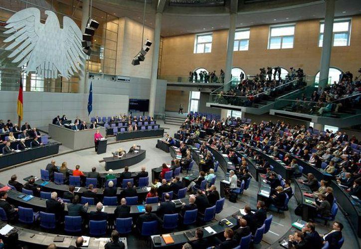 Los mandatarios estrecharán lazos económicos y culturales con la nación alemana. (Redacción/SIPSE)