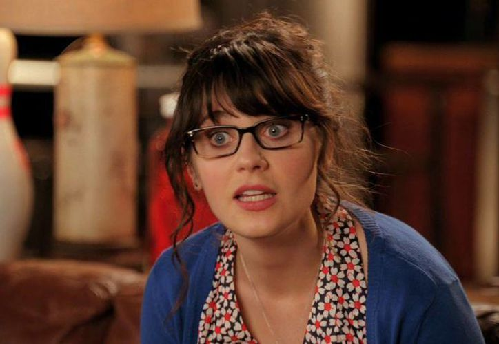 Zooey Deschanel protagoniza la cuarta temporada de New Girl, por la cadena Fox. En la imagen, la actriz en una de las escenas. (Foto tomada de belovedhogwarts.com)