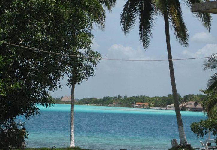 Las bellezas naturales de Bacalar serán promocionadas en la feria de turismo en Chiapas. (Javier Ortiz/SIPSE)