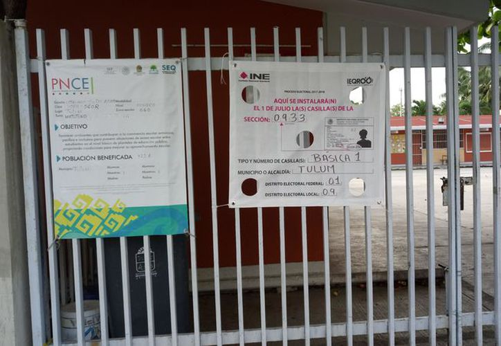Listas las casillas para emitir el derecho al voto en Tulum. (Foto: Sara Cauich)