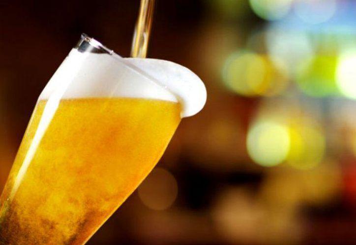 México tiene más de un siglo de fabricar la cerveza. (iStock)