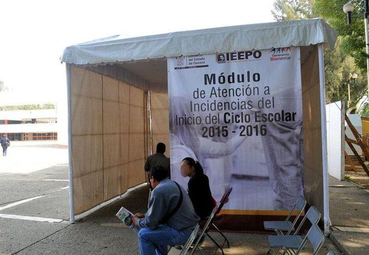 De nueva cuenta, los maestros de la CNTE, en Oaxaca, dieron la nota con la destitución de más de 30 dirigentes. La imagen es únicamente de contexto. (NTX/Archivo)