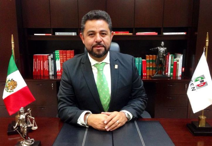 El secretario general adjunto del Comité Ejecutivo Nacional del PRI, Sergio Cuevas González, informó de la convocatoria de candidatos a diputados federales por Yucatán. (SIPSE)