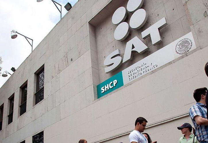 De acuerdo con el jefe del SAT, Aristóteles Núñez, el pago de impuestos está compensando la falta de ingresos del Gobierno, debido a la baja en el precio del petróleo. (excelsior.com.mx)