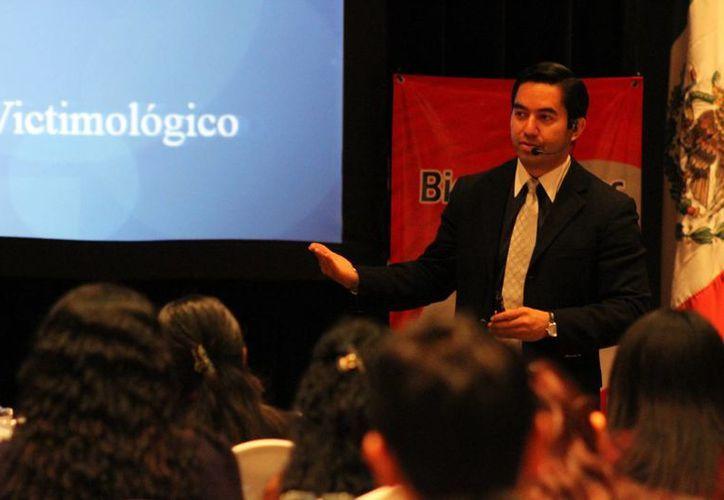 Erick Gómez Tagle López, miembro titular de la Sociedad Mexicana de Criminología. (Sergio Orozco/SIPSE)