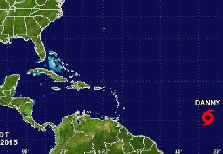 magen de satélite del Centro Nacional de Huracanes en Miami Danny, la cual está ubicada unos 2 mil 565 kilómetros al este de las Islas de Barlovento. (nhc.noaa.gov)